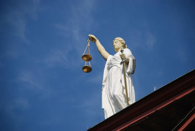choisir avocat droit fiscal